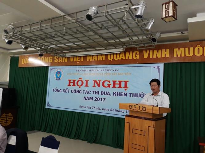 Đ/c Nguyễn Thiên Văn Chủ tịch Liên minh HTX tỉnh Đắk Lắk phát biểu khai mạc Hội nghị
