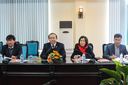 Đồng chí Nguyễn Ngọc Bảo, Bí thư Đảng đoàn, Chủ tịch Liên minh HTX Việt Nam phát biểu tại buổi làm việc